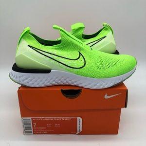 Sz 7 Women's Nike Epic Phantom React Flyknit Shoes